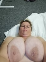 this pic is for murph1690 iwho is my morning wank buddy,hope you love this ...