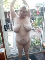 murph1690 i know i have you wanking off again so here i am tits out in the ...