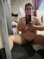 It's wank for me wednesday so here is a selfie to wank to,have a good one g...