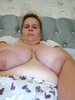 selfie sunday of your favourite fat slag,
