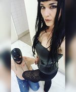I'm dom mistress and which I explode my feelings in dominating my sissy